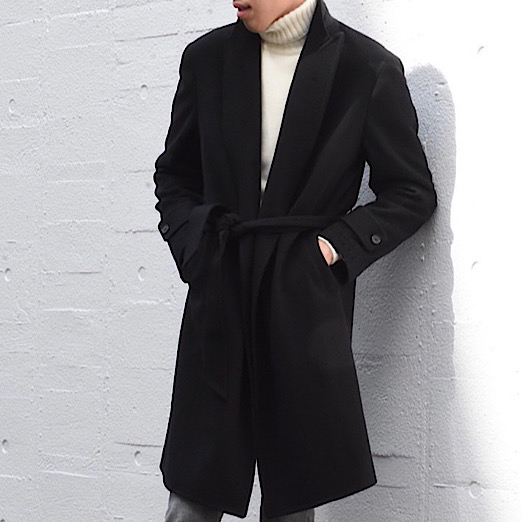 このコートにベタ惚れです...