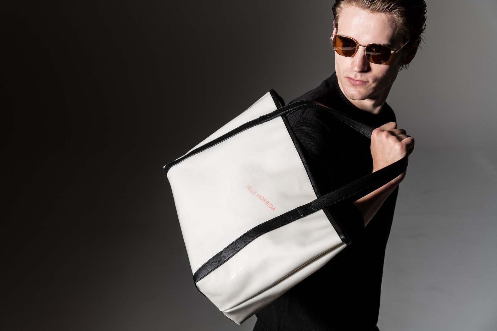 気張りすぎない大人モードはこのバッグで完成させる
