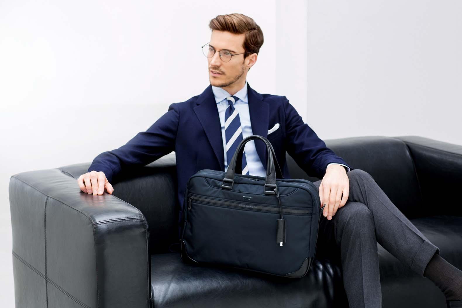 ペッレ モルビダの最新シリーズは 軽量&高機能なナイロンバッグだ!